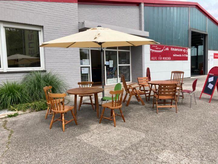 Cafébetrieb im Außenbereich &              Kleiderkammer weiterhin geöffnet
